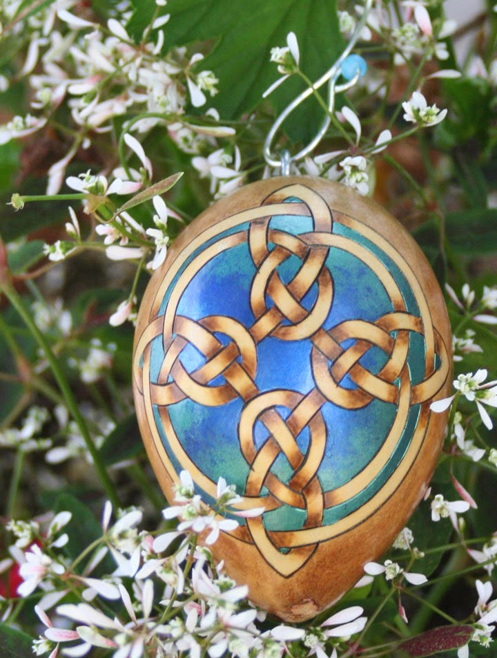 https://www.etsy.com/listing/201365348/celtic-cross-pyrography-woodburned-egg