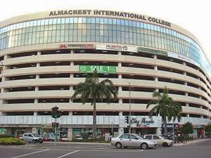 Pusat Membeli belah di Sabah