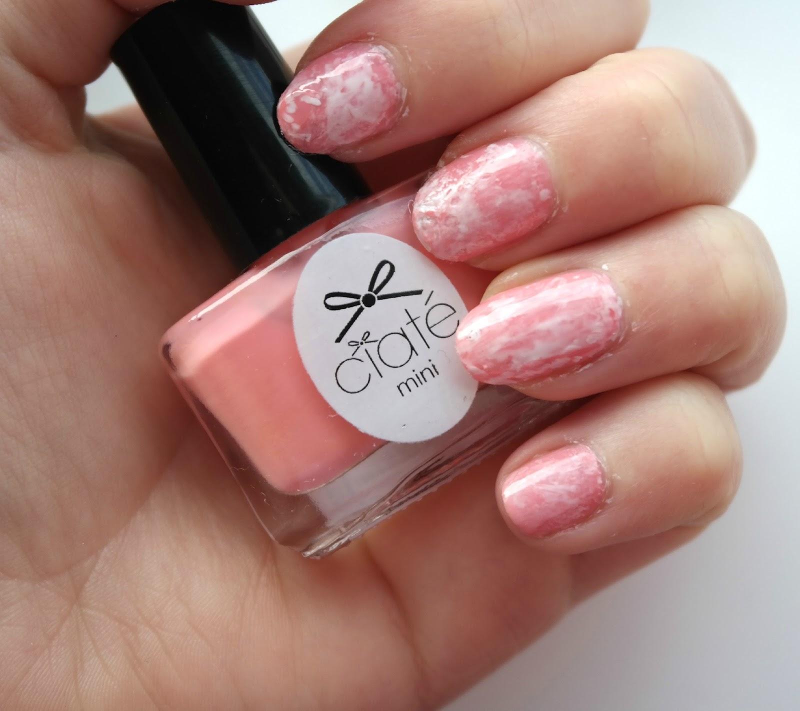 NOTD: Pink & White Marble Nails - Jenna Suth