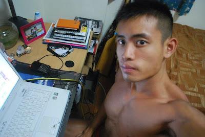 loạt ảnh boy tự chụp ảnh khoe hàng Tumblr_lx4ckxZAgy1qjqknjo1_1280