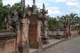 http://www.lomboksociety.web.id/2015/06/jenis-jenis-wisata-berdasarkan-destinasi.html