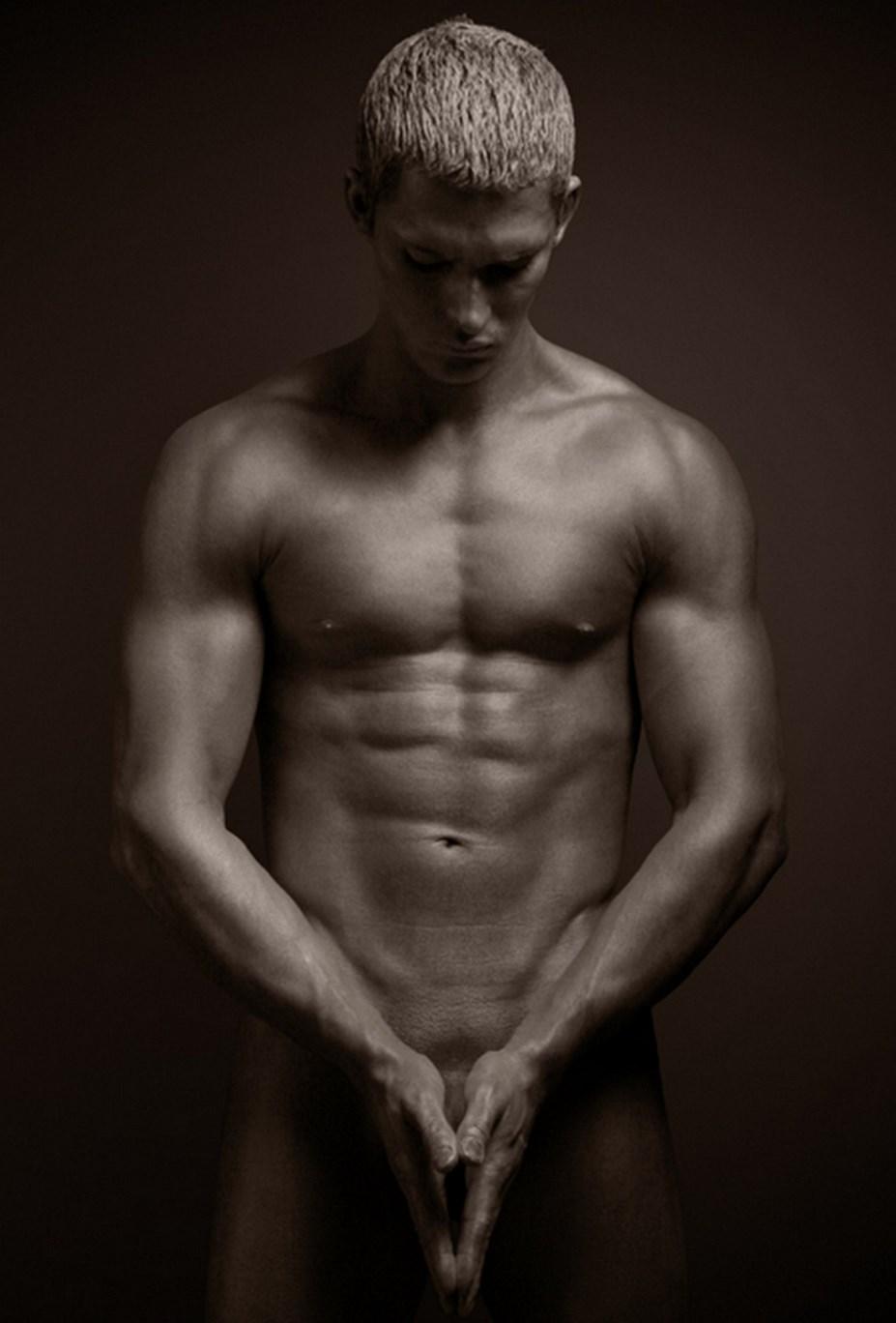 Imagen gratis de modelo masculino desnudo