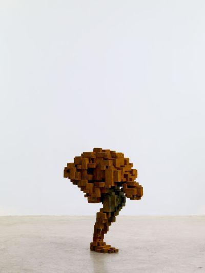 Antony Gormley esculturas geométricas formando corpos