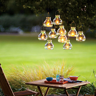 Garden hanging tea lights