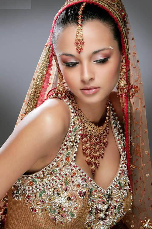 Indian Bridal Hairstyles Photos And Videos | Fashion Life Style