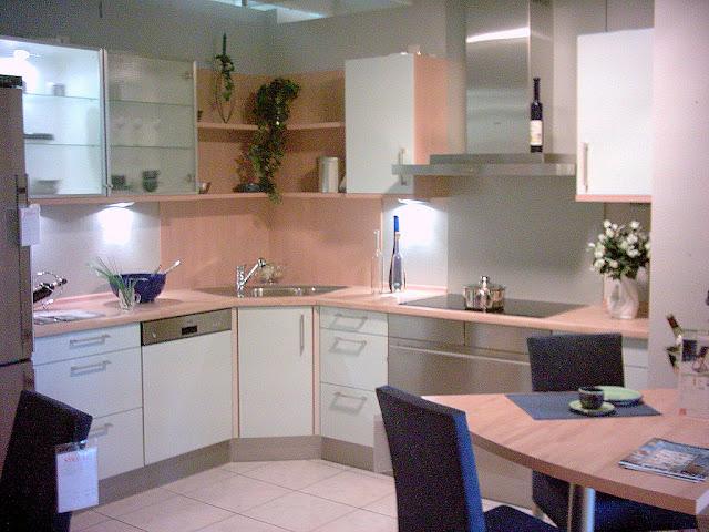 6 tips reka bentuk dapur kecil simple small kitchen for Small kitchen kabinet