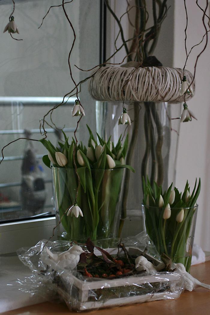 dekoger mpel 30 tulpen im gartenfenster. Black Bedroom Furniture Sets. Home Design Ideas