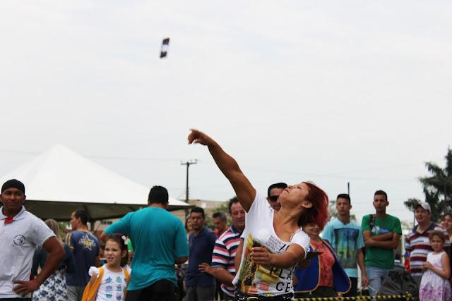 Campeonato de rebolar um bregueço pra mode de ver quem rebola mais longe