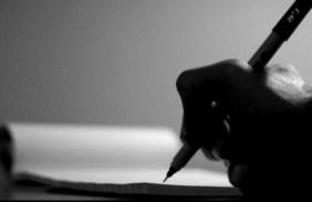 Pengertian Menulis Menurut Para Ahli