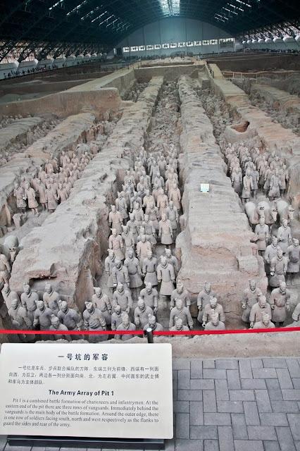 xian warrior statue