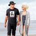 FOTOS HQ: Lady Gaga y Taylor Kinney en una playa de Malibú - 11/01/16