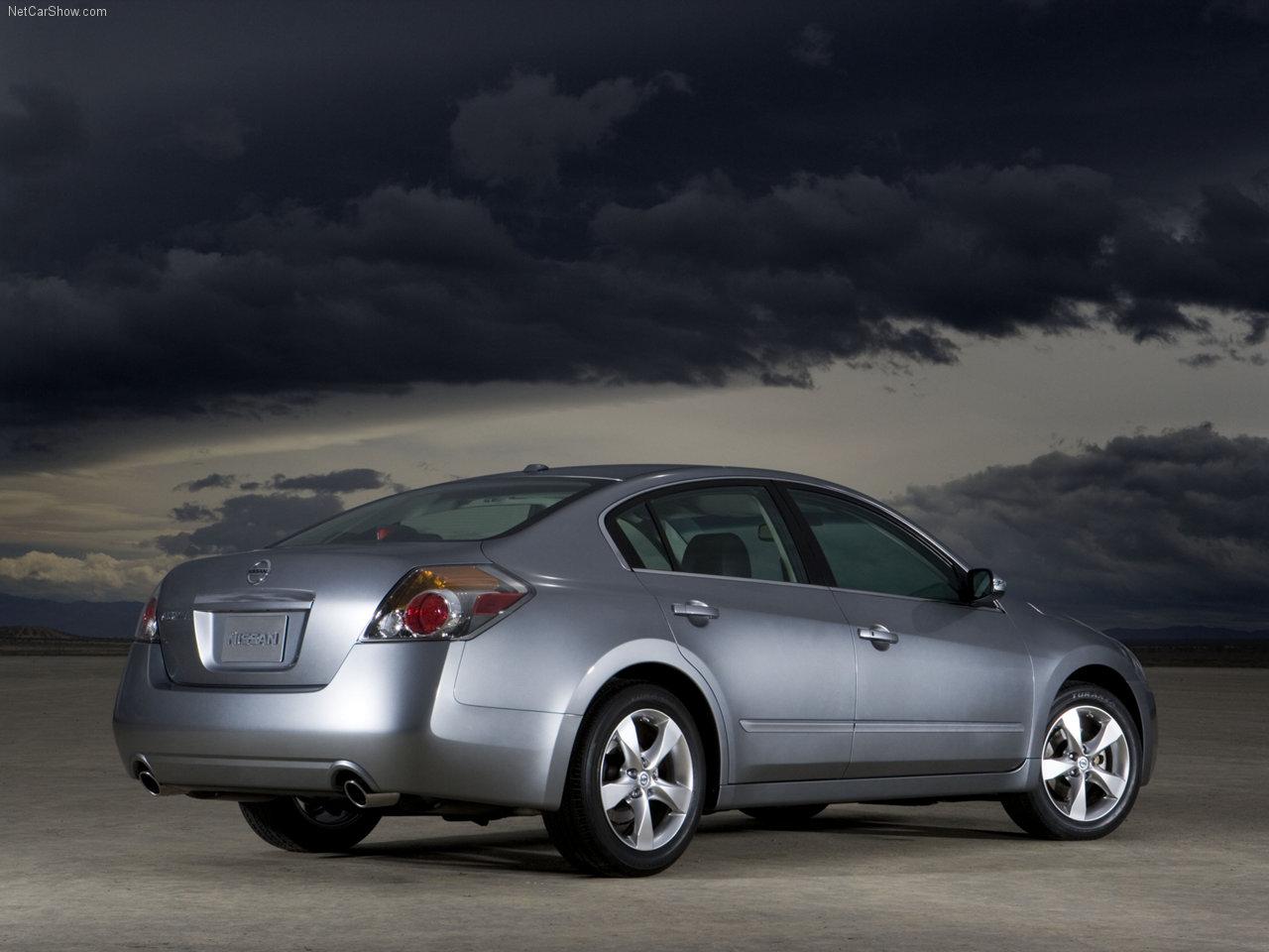 http://1.bp.blogspot.com/-O_MA86hgSTg/TXR_Py5TA6I/AAAAAAAADm8/m0h2arxn-1c/s1600/Nissan-Altima_2007_1280x960_wallpaper_08.jpg