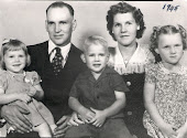Duwayne and Voris Cornum family in early 1945