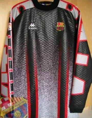 Camisetas de portero F.C. Barcelona 1996 1997 y 1997 1998. Modelos Vitor  Baía. 3ea4d4cb691c8