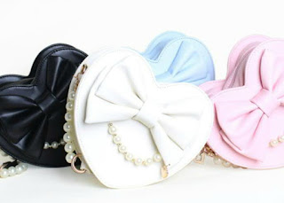 http://www.aliexpress.com/item/2015-spring-and-summer-heart-shape-HARAJUKU-lolita-bag-pearl-women-s-handbag-small-cross-body/32327178786.html