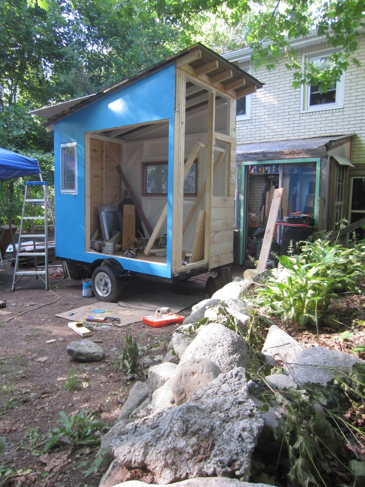 Relaxshackscom Building The Cub a tiny tiny cabin on