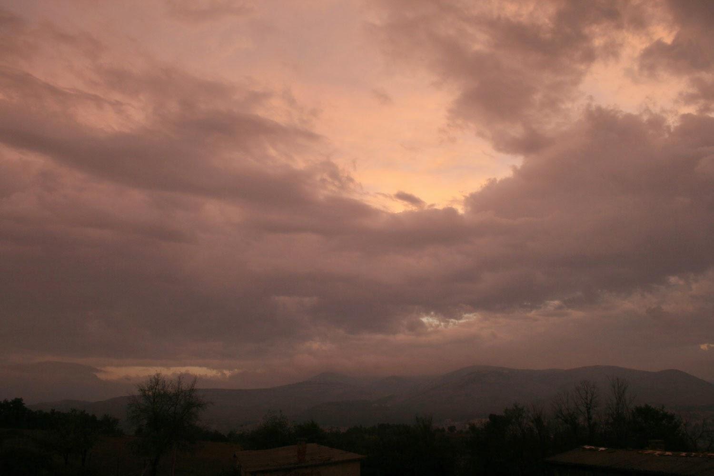 What a crazy colour to the sky