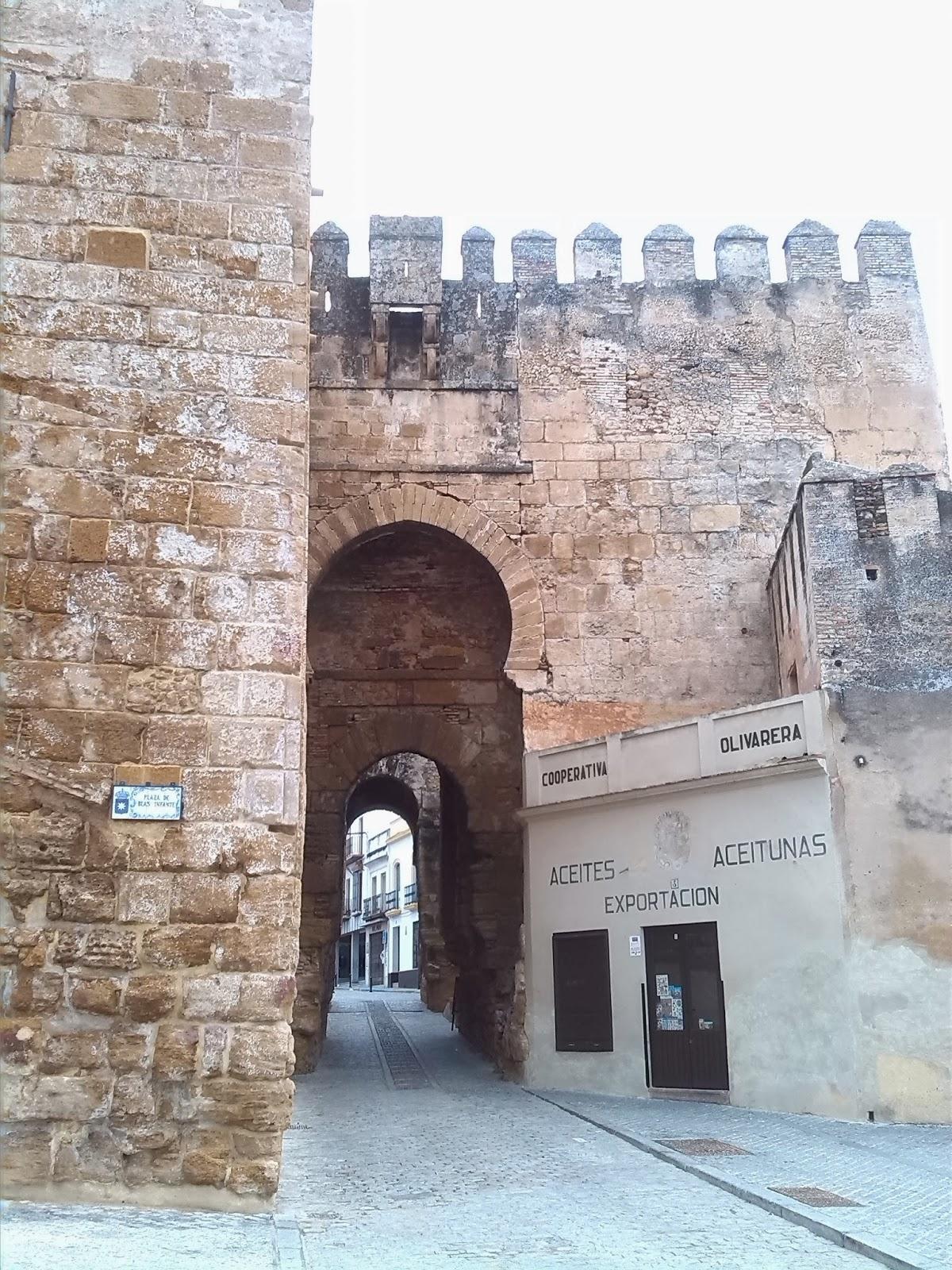 100 planes 1 finde escapadas un d a por carmona - Puerta de sevilla carmona ...