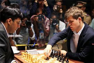 Echecs : Magnus Carlsen joue avec les Noirs sa défense de Berlin fétiche - Photo © site officiel