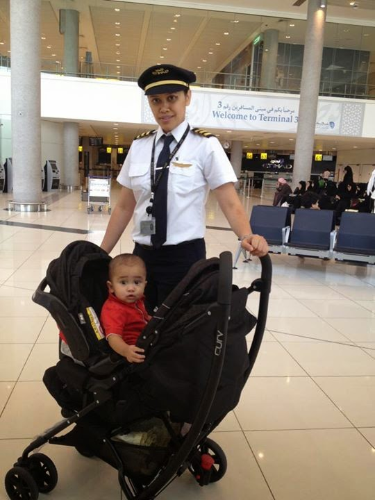 foto 5 pilot muda dan cantik indonesia dunia unik