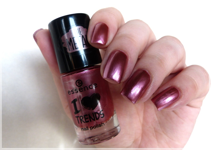 essence rock my heart nail polish