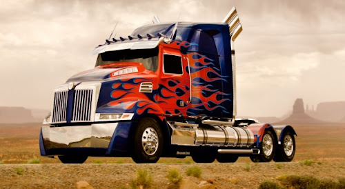 Foto Optimus Prime di Film Transformers 4