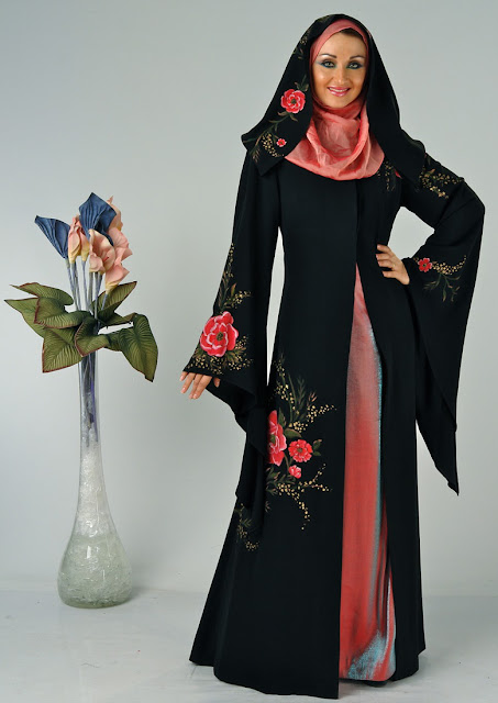 Pointed-Sleeves-Abaya-Designs