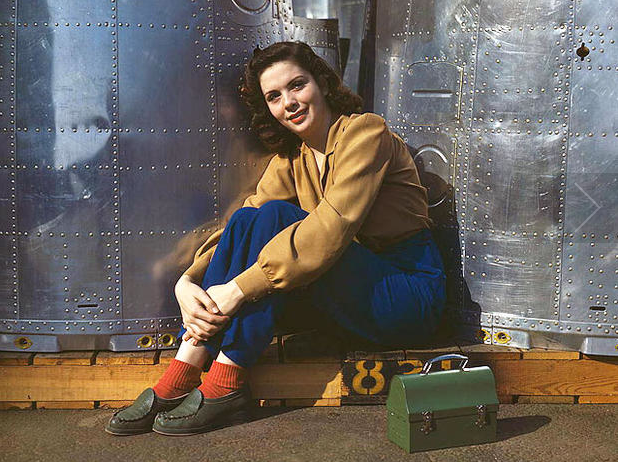 Flashback Summer: Working Woman Style Series - 1940s factory, land, farm girl, rosie the riveter