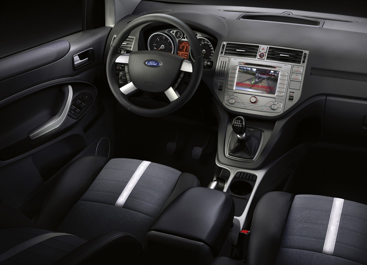 Ford kuga autosmr for Interieur ford kuga