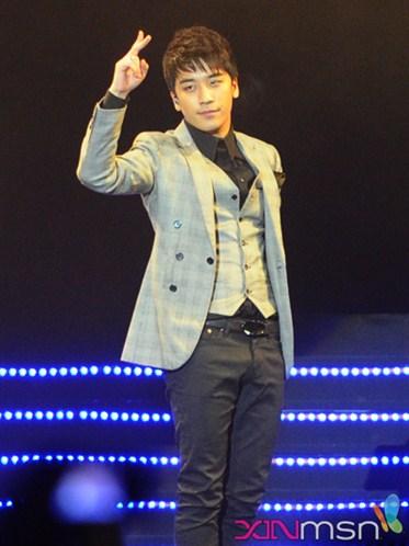 BigBang Eikones Big+bang+korean+music+wave+singapore+4