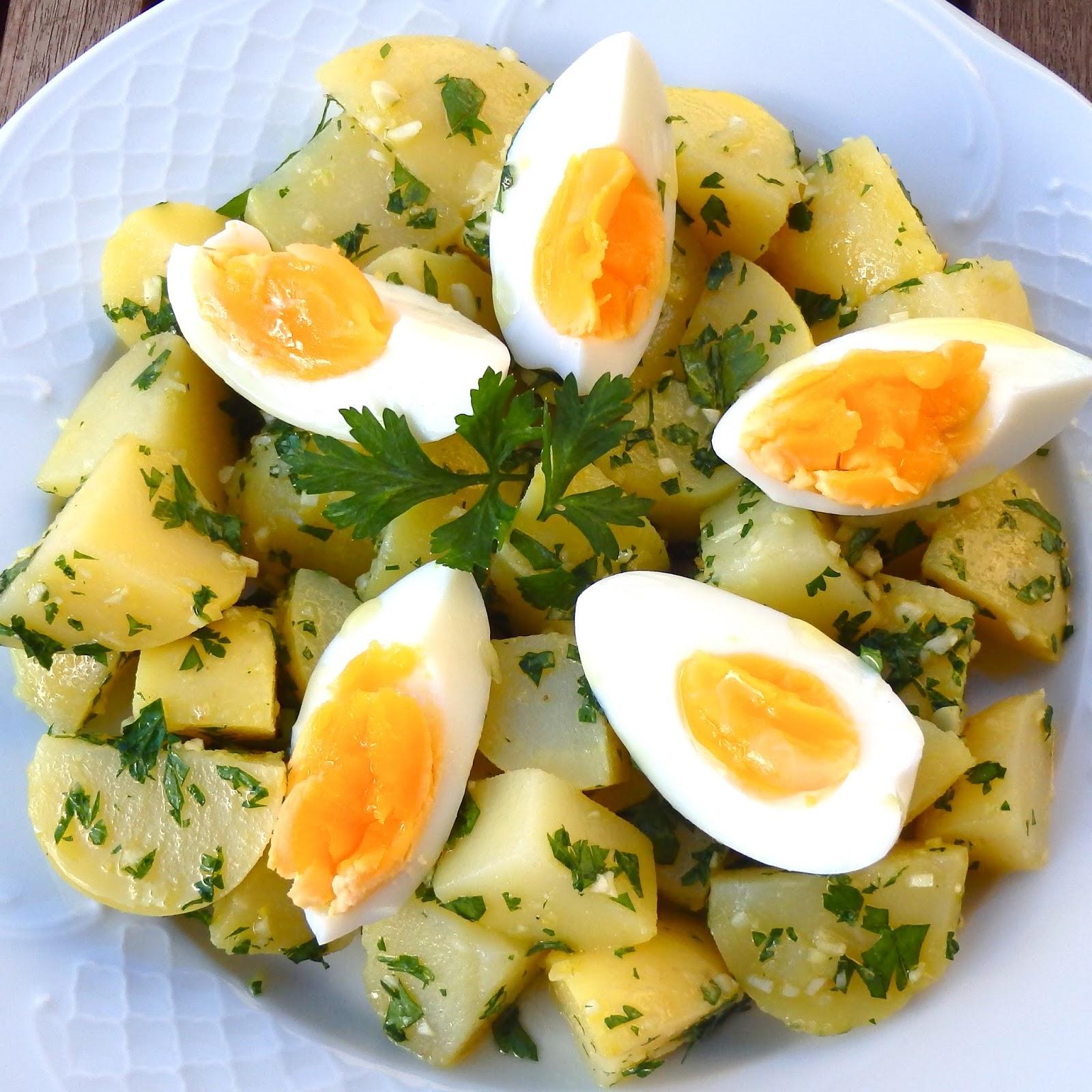 Les receptes que m 39 agraden ensalada de patata con huevos for Comidas originales