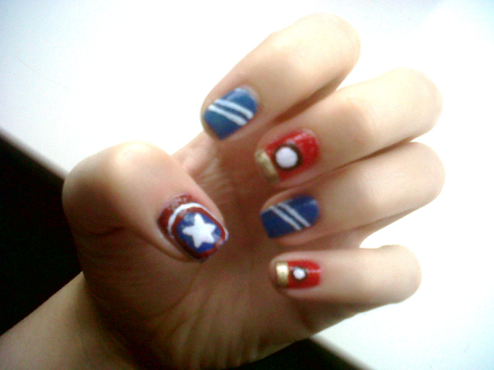 Plucky Kelly: Avengers Assemble Nail Art and Design