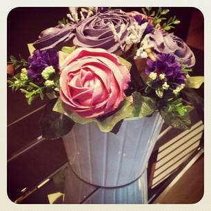 cupcake bouquet rosas malvas y rosas