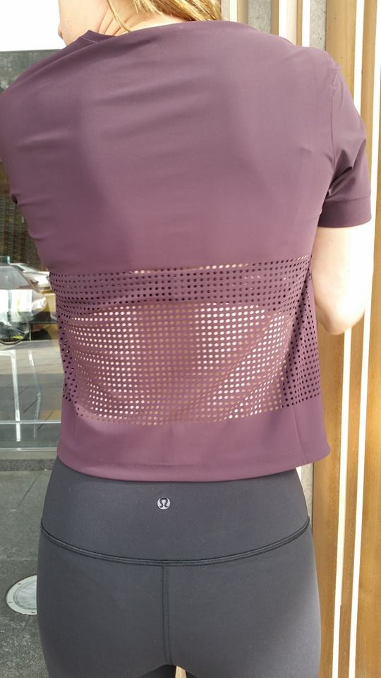 lululemon perfectly-perfed-tee