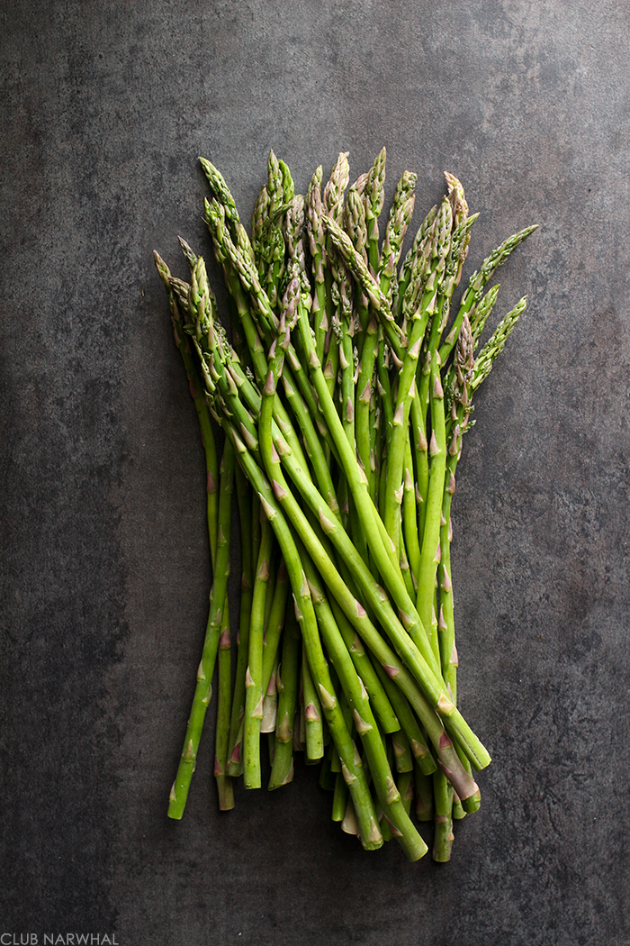 Roasted Asparagus | An easy spring side dish via Club Narwhal