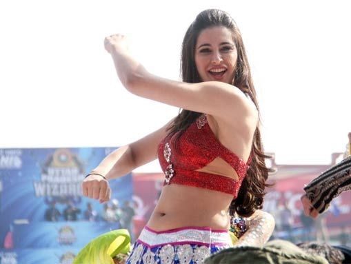 Nargis fakhri dating naach hot topic