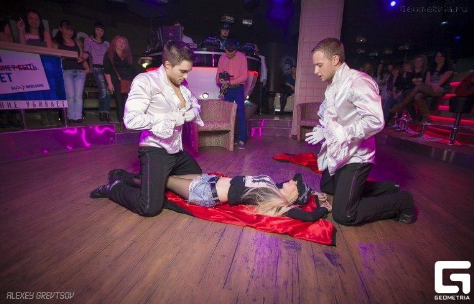 Праздничное агентство «FIESTA» в Волгограде и Волжском: Мужской стриптиз на праздник в Волгограде и Волжском