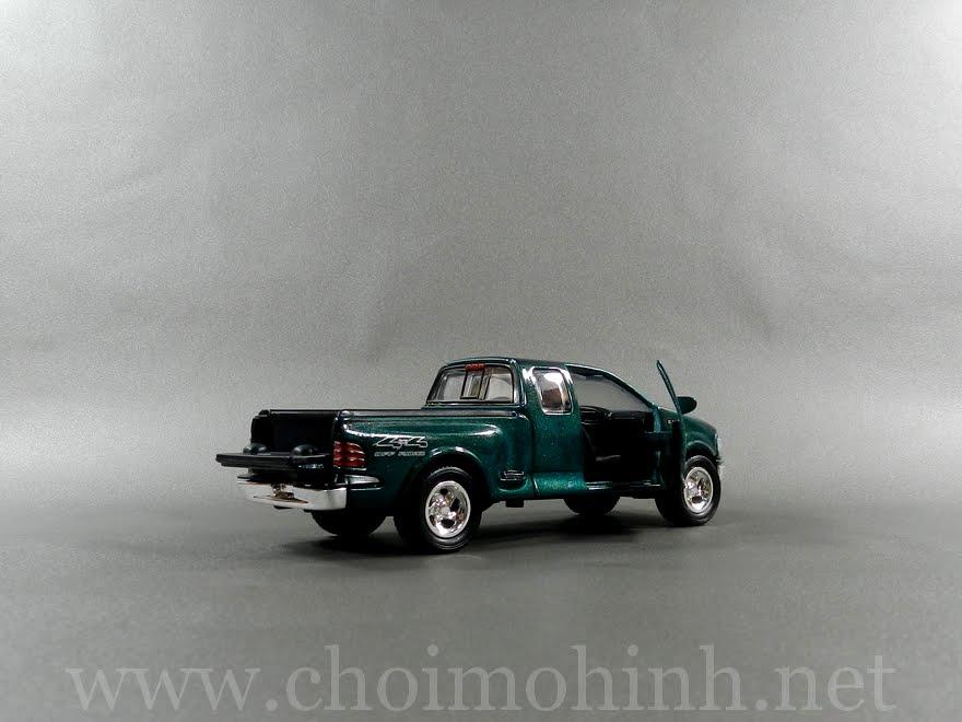 Ford F150 1:38 door