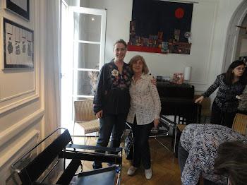 Con Julie Creus