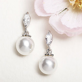 pearl drop earrings clip on