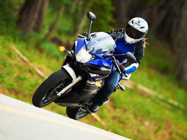 motos e 2013 Yamaha FZ6R