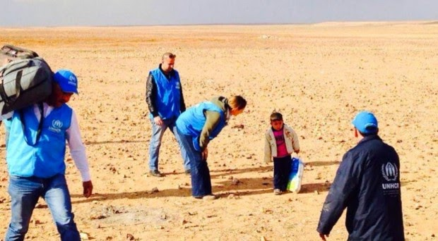طفل سوري في الرابعة قطع الحدود بمفرده هربا من الحرب.