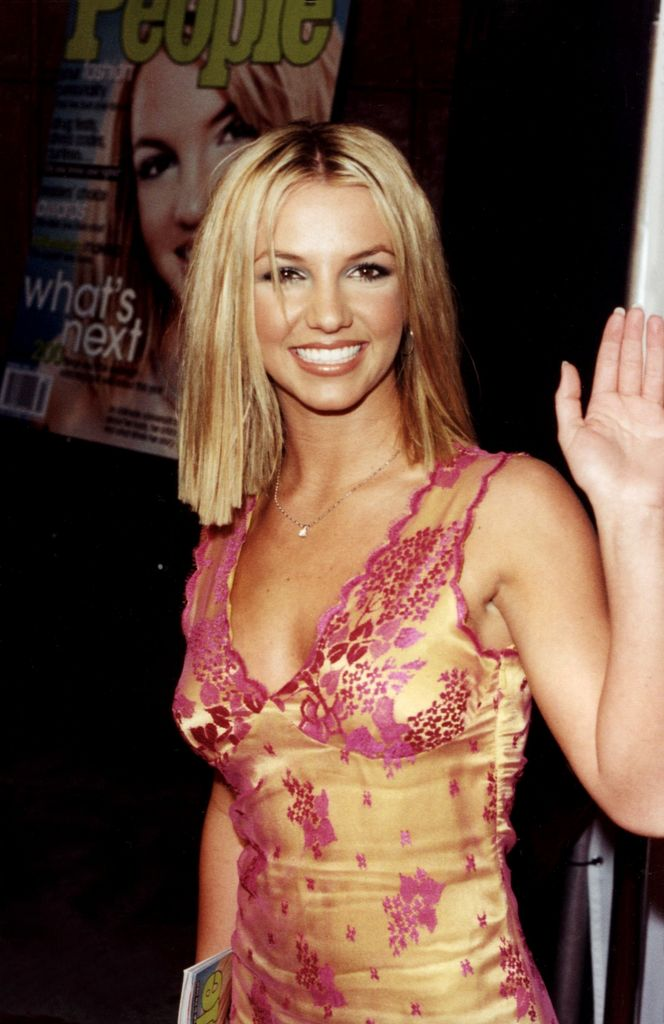 Red Carpet Dresses: Britney Spears - Teen People Party 2000 Anna Paquin Twitter