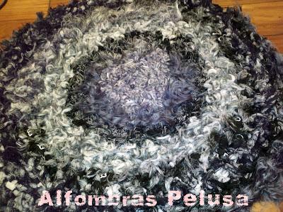 Tus manos y las mias alfombras pelusa for Alfombras pena