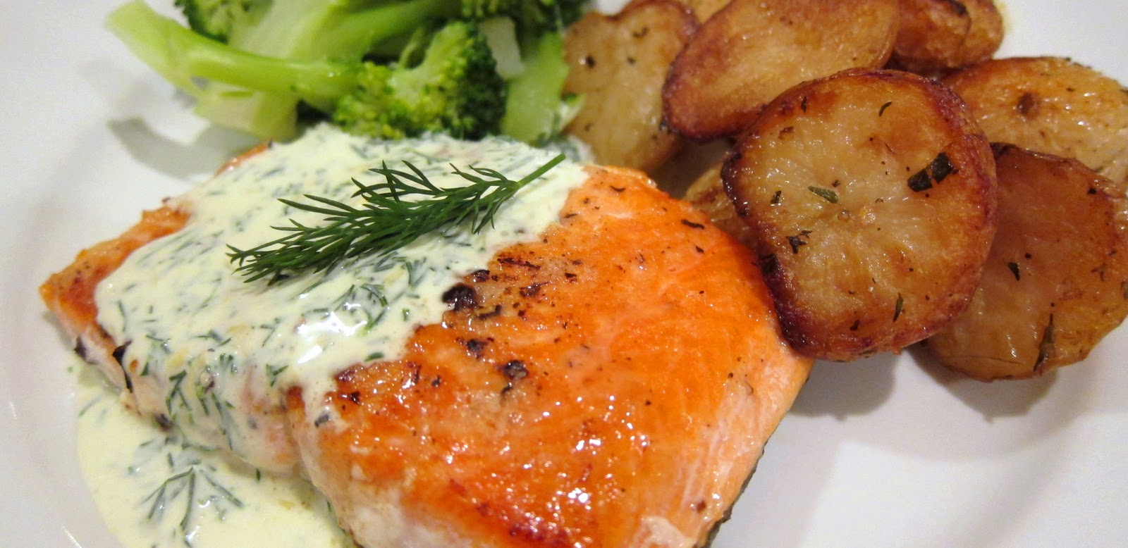 beets and bites: Pan-Seared Salmon with Dill Sauce