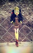 Tu tambien puedes enviarnos las fotos de tus muñecas Monster High a . arabeella sting