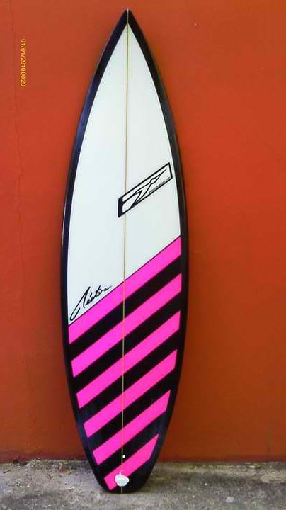 The alternative surf culture cool graphics by pelicano for Awesome surfboard designs