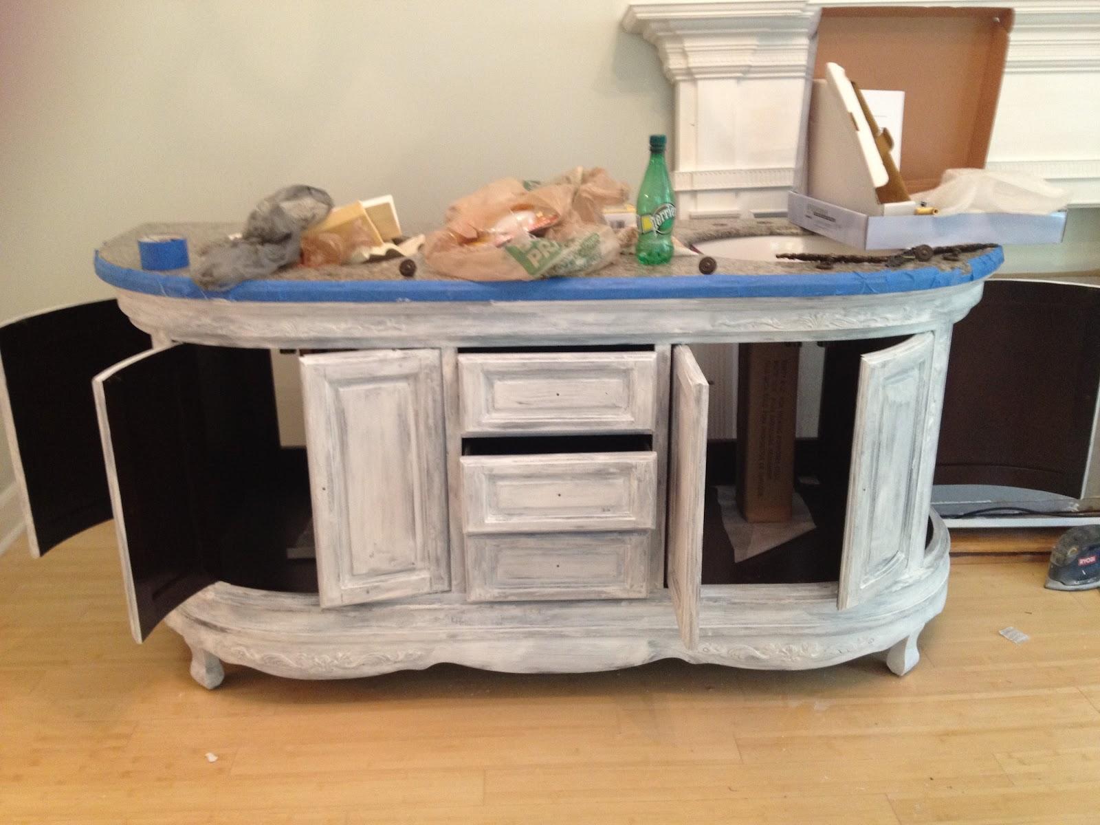Mel & Liza: Bathroom Renovations: The Vanity