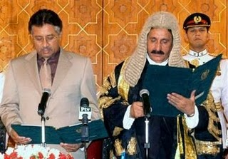 http://1.bp.blogspot.com/-Od6T3bpae-A/TZG6cx3TUxI/AAAAAAAAIII/ionRPyYcUak/s1600/Pakistan-CJ+musharraf.jpg