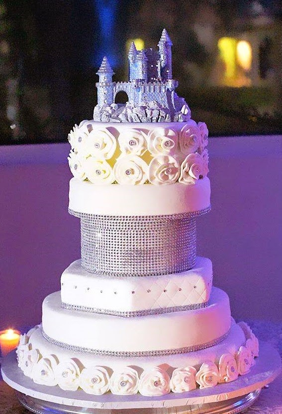 WEDDING CELEBRATION THEMES SCHEMES PRINCESS CAKES